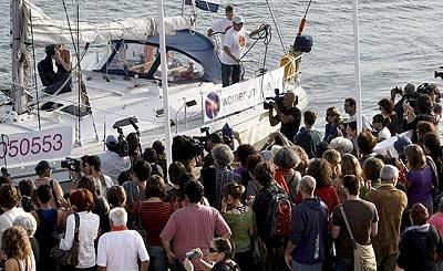 Practicados los tres primeros abortos en el barco cerca del puerto de Valencia