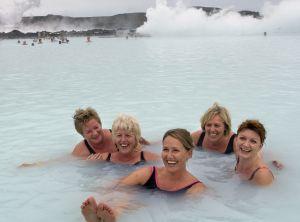 ¿Qué ocurrió en Islandia? ¿Qué ha ocurrido en estos tres años para que surja, de las cenizas del desastre económico, una construcción tan extravagante?